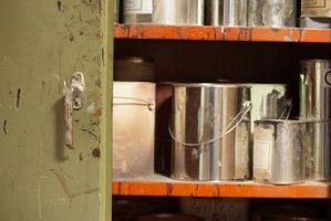 Detergenti caustici per la rimozione della vernice