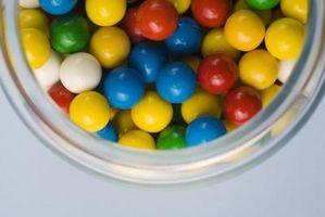 Come rimuovere gomma da masticare in microfibra