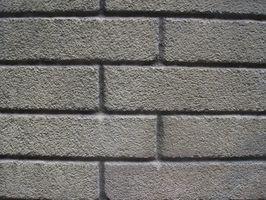 Come coprire un camino in mattoni con una patina di pietra