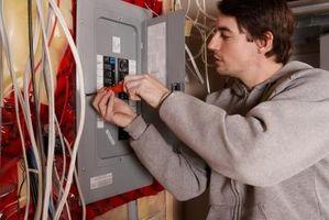 Come faccio a filo un pannello secondario elettrico?