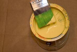 Come mescolare il colore degli Interni della vernice
