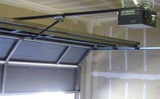 Come regolare porta del garage guarnizioni di battuta