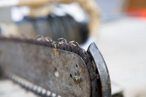 Come modificare la catena su un Husqvarna 350 52cc sega a catena