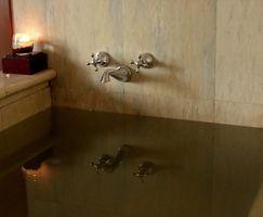 Come prendersi cura di una vasca idromassaggio Whirlpool