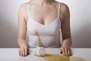 Quali sono le cause di tè Macchie di mettere in tessuto di cotone?