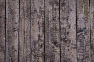 Che cosa rende legno stagionato diventa grigio?