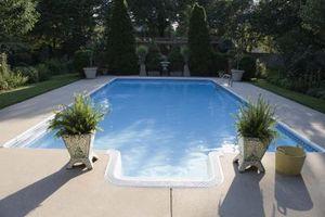 Come mantenere una piscina pulita con Clorox