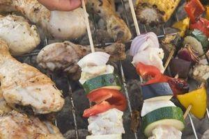 Qual è la differenza tra la cottura a convezione & Grilling?