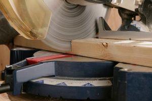 Come costruire un tavolo per una sega radiale del braccio