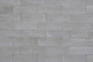 Come rimuovere macchie di ruggine dal Cinder o blocco di cemento