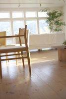 Come mantenere sedie in legno dai pavimenti graffiare