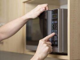 Sarà esecuzione di un forno a microonde vuoto rovinarlo?