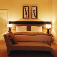 Come rifare una dimensione Testata doppio re In un divano letto
