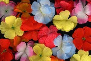 Come mettere grandi composizioni di fiori di seta Insieme