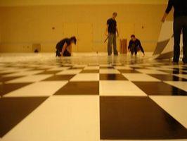 Come ottenere un pittura Stain Out of Vinyl Pavimentazione