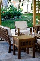 Come assemblare un tavolo patio