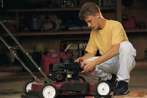 Come faccio a riparare un Troy-Bilt Semoventi Lawn Mower?