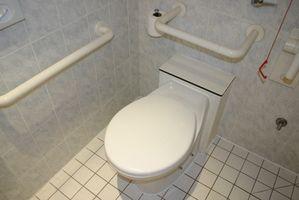 Come sostituire un bullone Toilette nel Piano