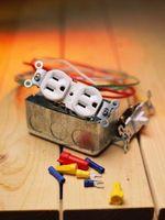 Come appendere scatole elettriche con una barriera al vapore