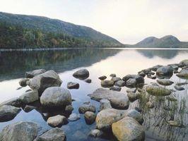 Come costruire un River Rock Backsplash