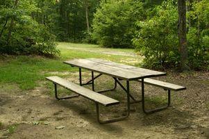 Come costruire un tavolo da pranzo all'aperto