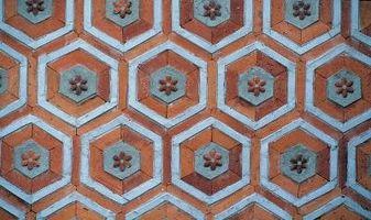 Come tagliare Hexagon piastrelle di ceramica