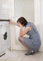 Come sostituire l'agitatore su una lavatrice Whirlpool ultimo Cura II