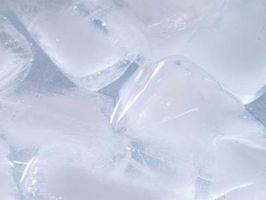 Come sostituire l'Ice Maker in un profilo di GE Frigorifero