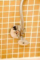 Come pulire e riutilizzare bagno in ceramica Piastrelle
