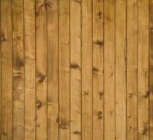 Perché il legno di quercia diventano bianchi dopo l'applicazione di poliuretano?