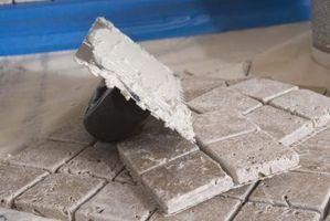 Come tagliare un Tile Piccolo quadrato a metà