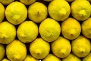 Limoni con macchie bianche