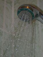Gli effetti del cloro in un bagno e doccia