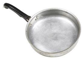Perché il mio alluminio Pan appannamento in lavastoviglie?