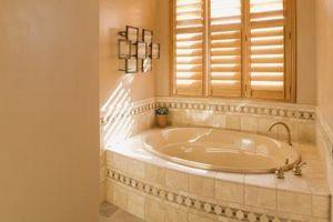 Come Tile una vasca da bagno con una sporgenza