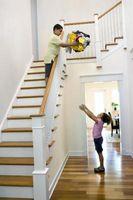Come fare brutta ringhiera delle scale aspetto gradevole