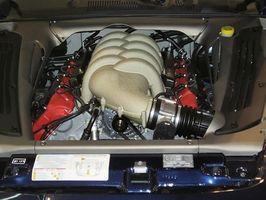 Come rimuovere il volano su un motore di 18 HP Briggs & Stratton