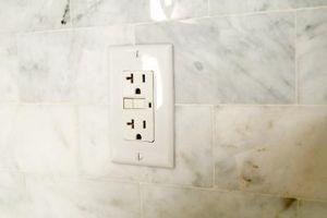 Come trovare una presa elettrica difettosa