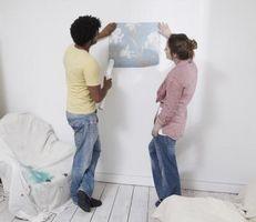 Come rimuovere Wallpaper Da Pavimento di legno