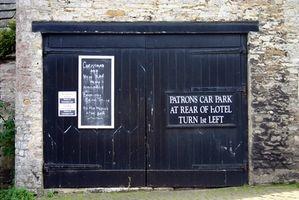 Come per lubrificare porta del garage Rulli