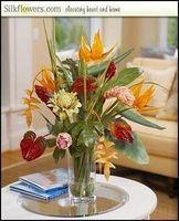 Come disporre i fiori di seta in un vaso