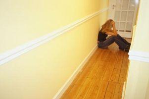 Come installare un pavimento in laminato in un angolato Corridoio