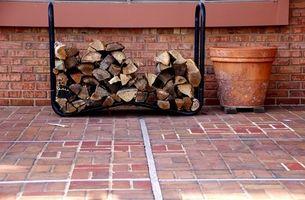 Come costruire un legna da ardere decorativo Rack