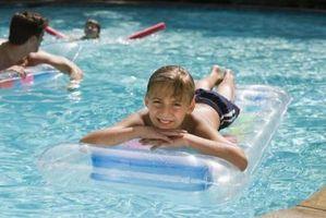 Come pulire una copertina invernale piscina fuori terra