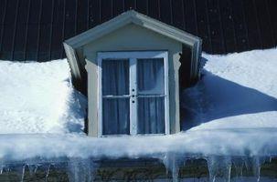 Come per sciogliere il ghiaccio dal tetto di casa mia