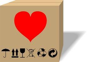 Come rimuovere Brown Imballaggio nastro dal PVC